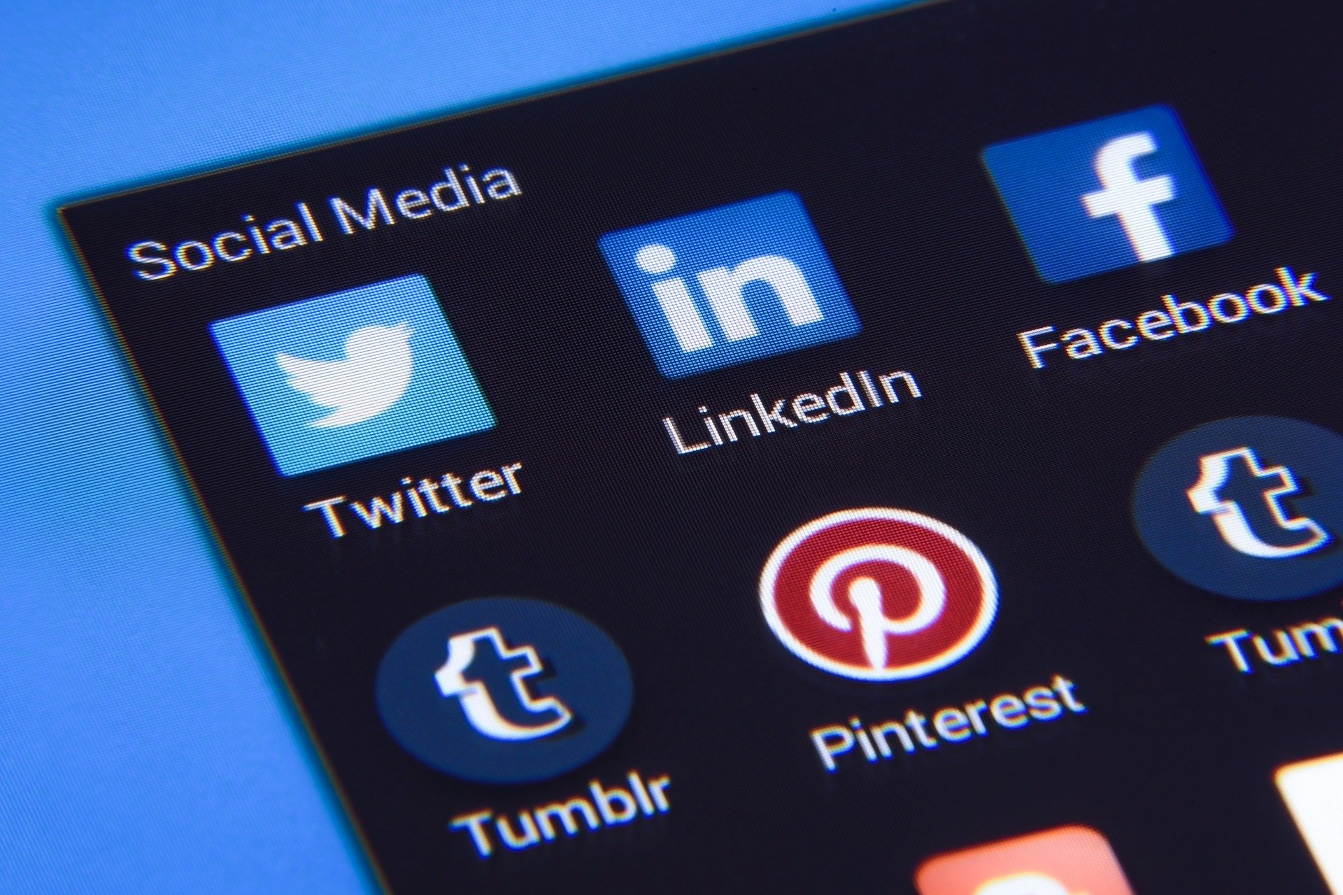 Building Your Brand Identity Using Social Media